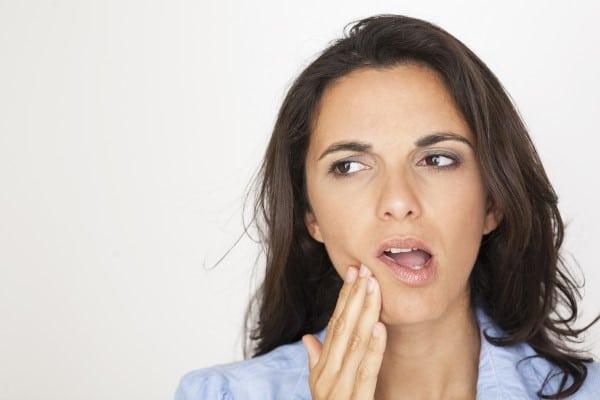 Dor no dente do tratamento de canal